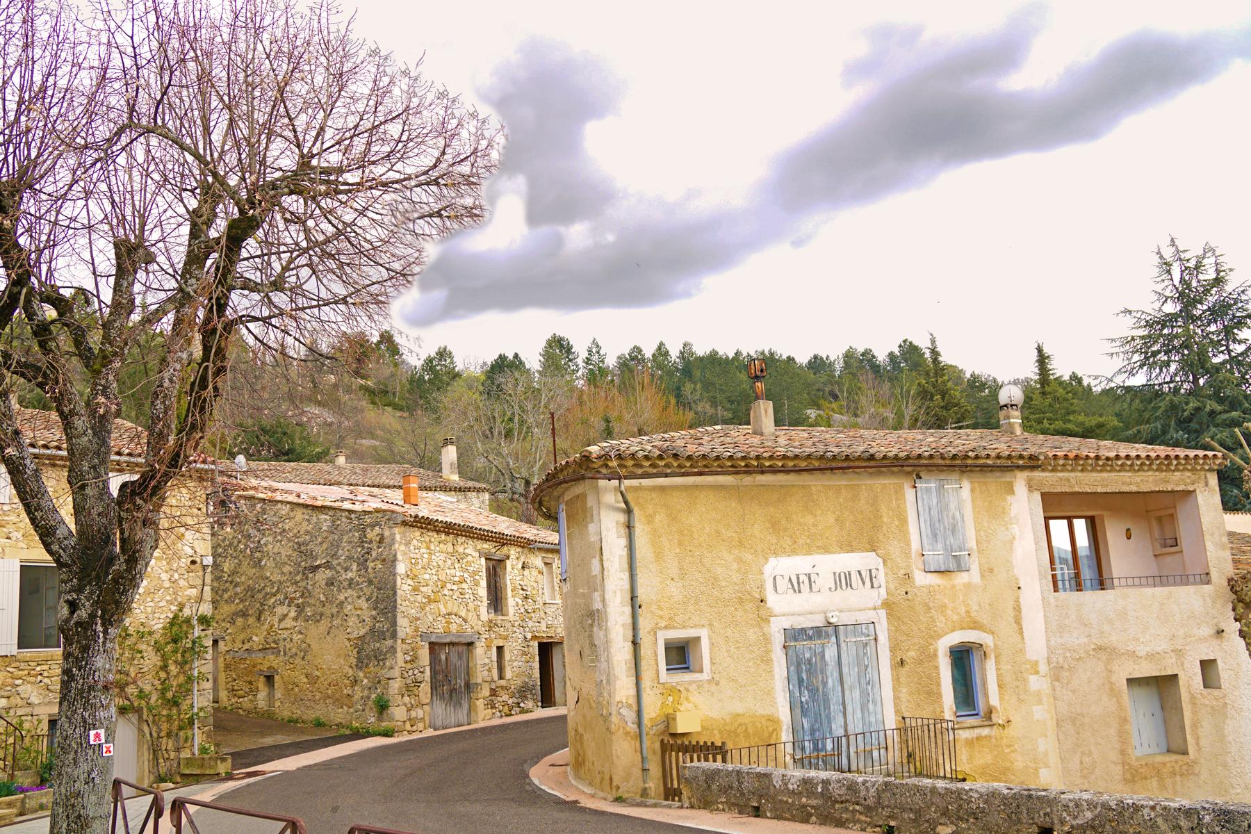 Village en Drôme provençale