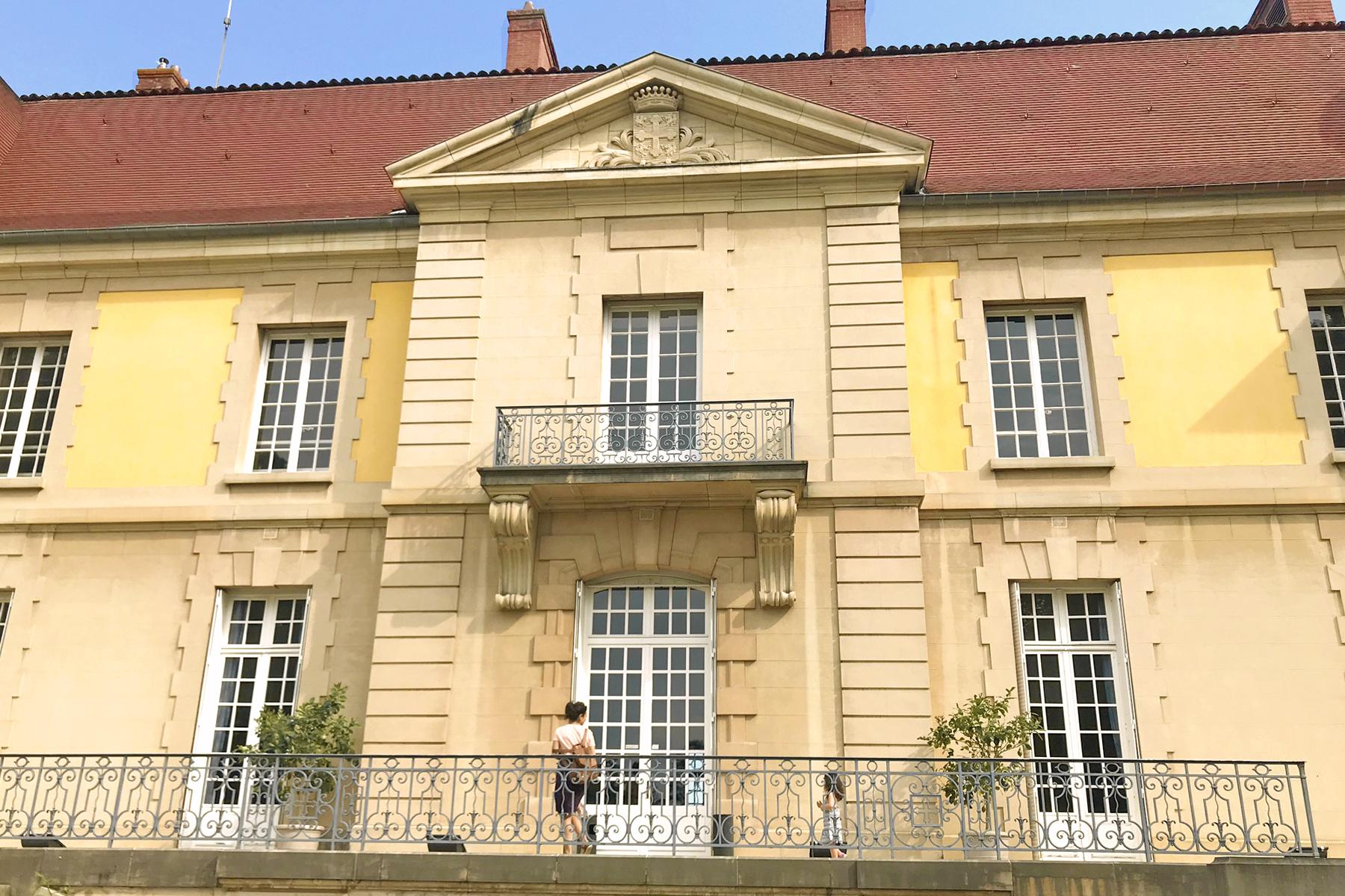 Domaine de Lacroix Laval, château