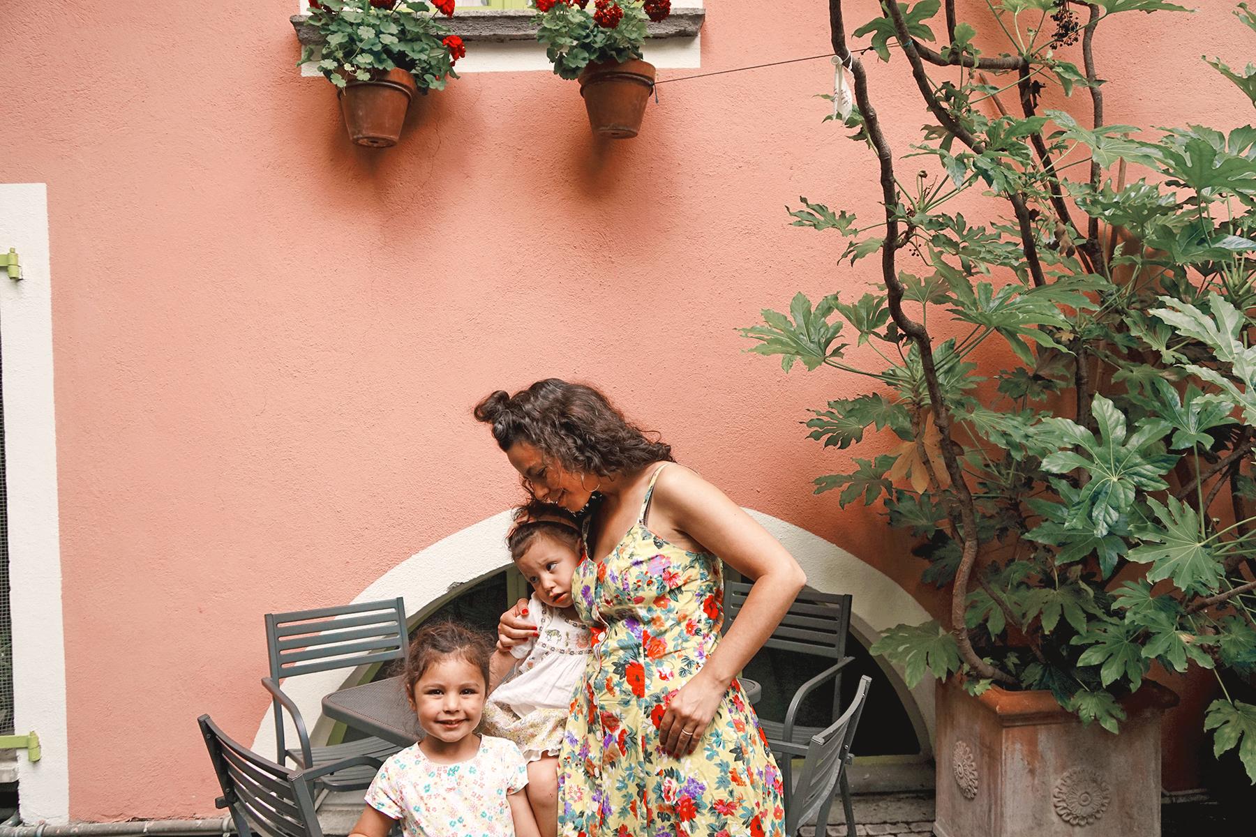 Mère et filles, Orvieto Italie