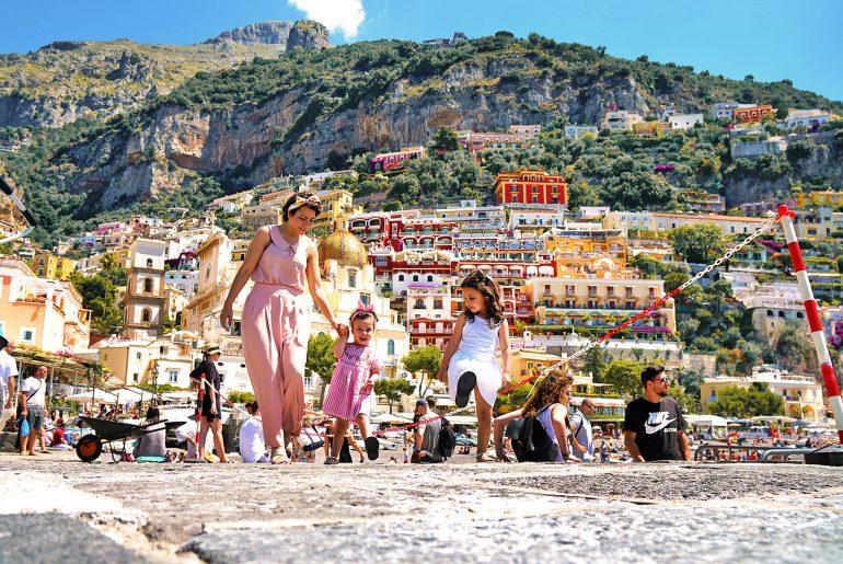 Mère et filles, Côte Amalfitaine, Positano