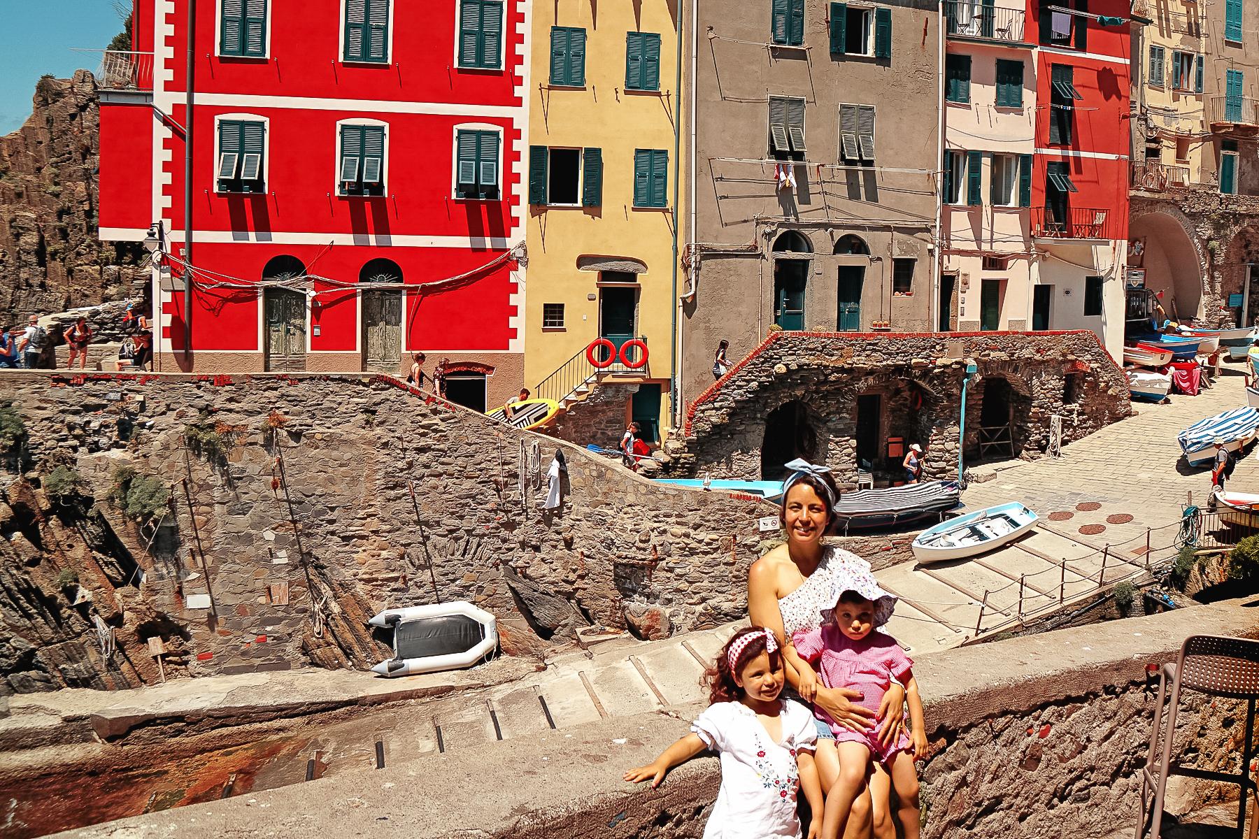 Riomaggiore, mère et filles