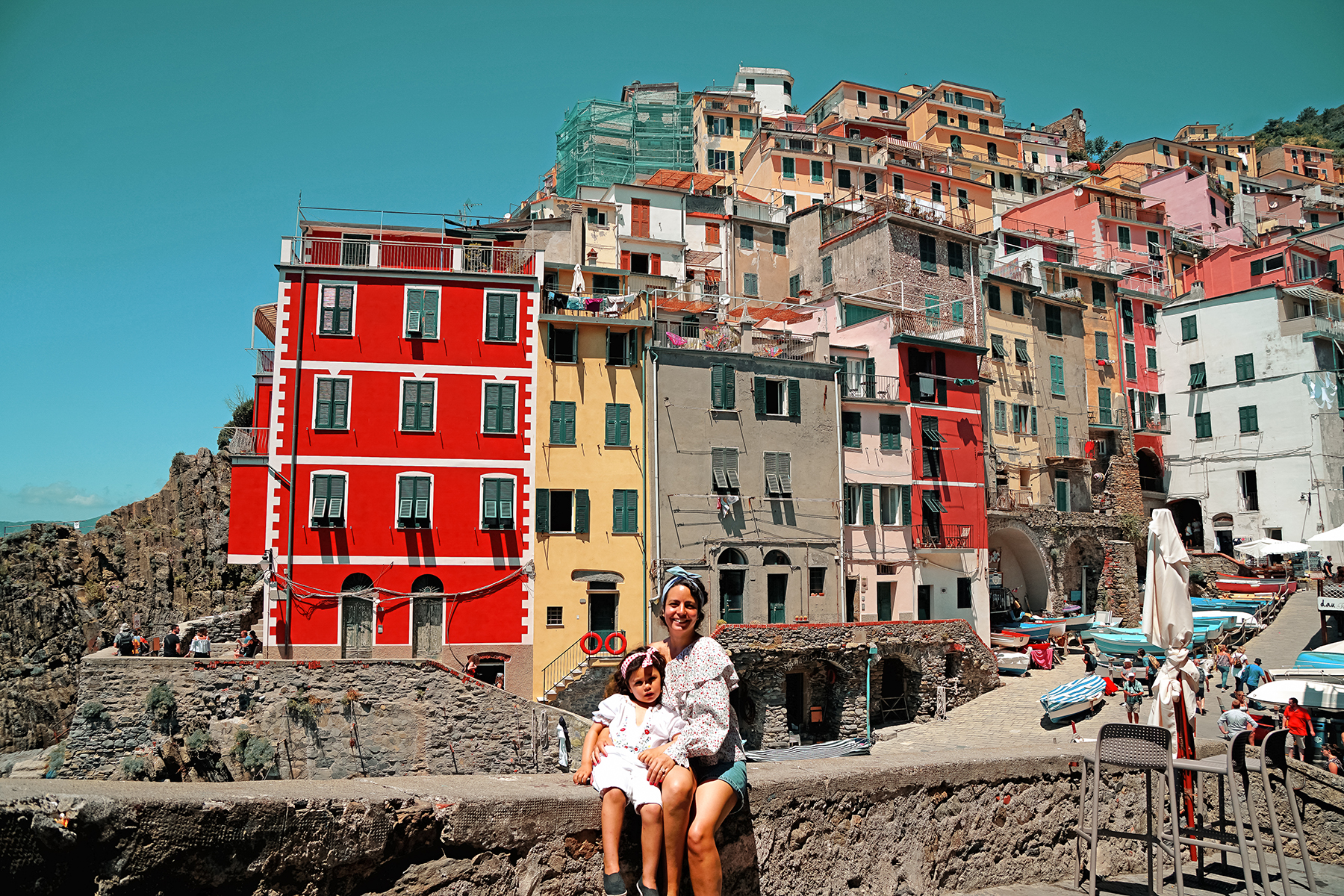 Riomaggiore, mother and daughter