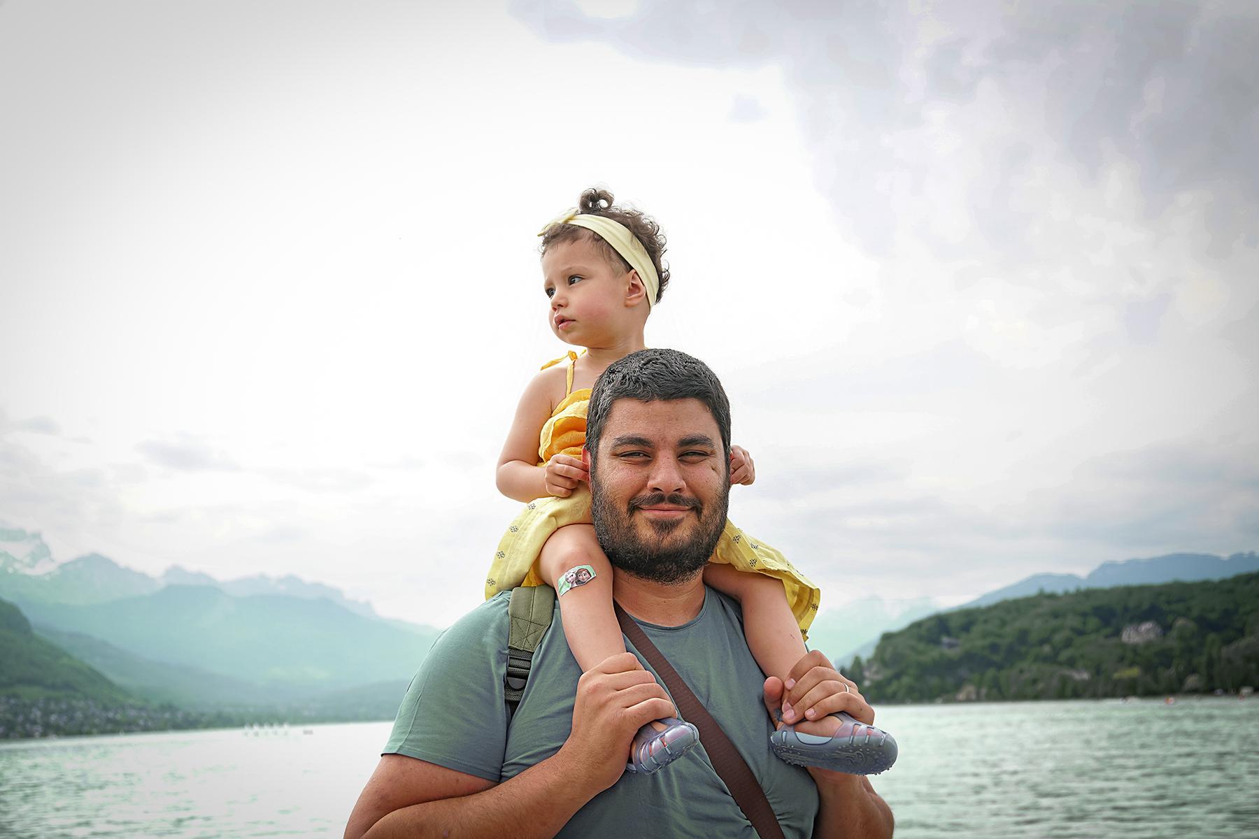 Père et fille à Annecy le lac
