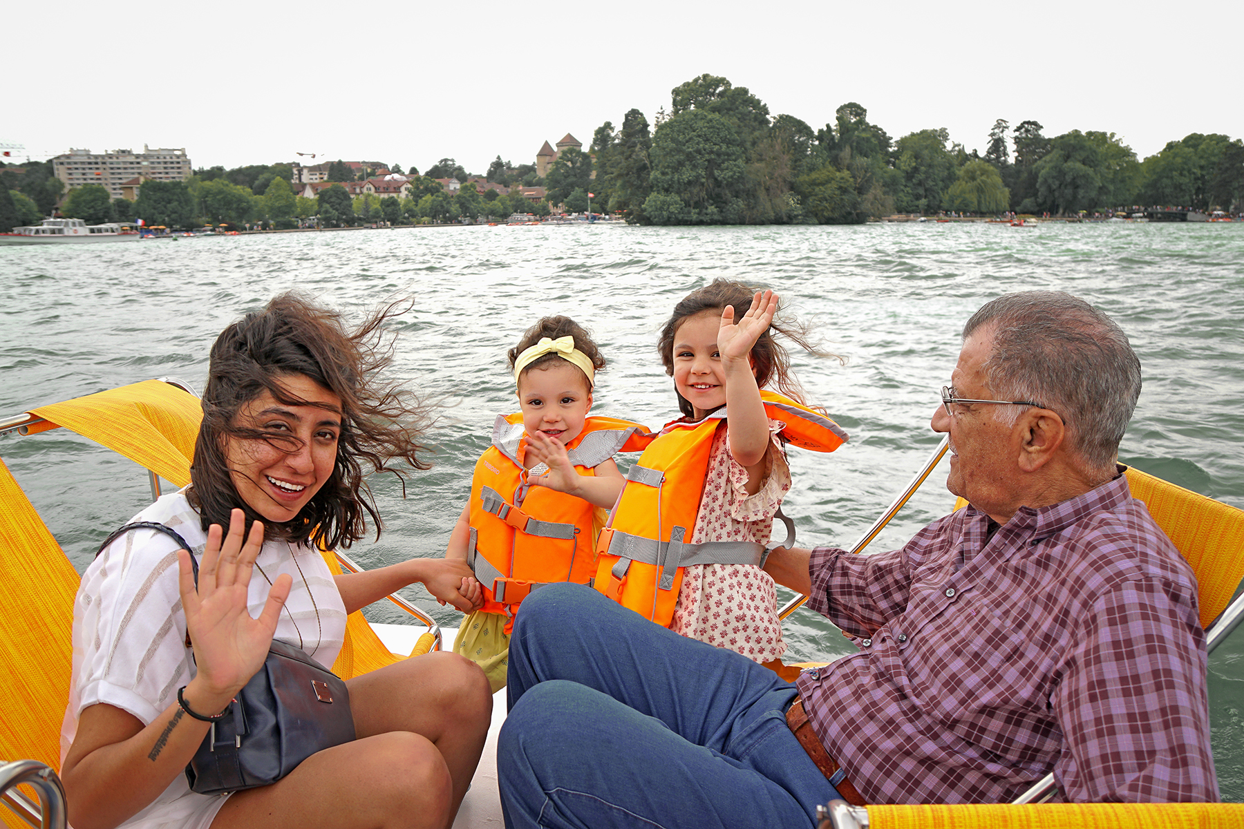 Lac d' Annecy, pedalo en famille