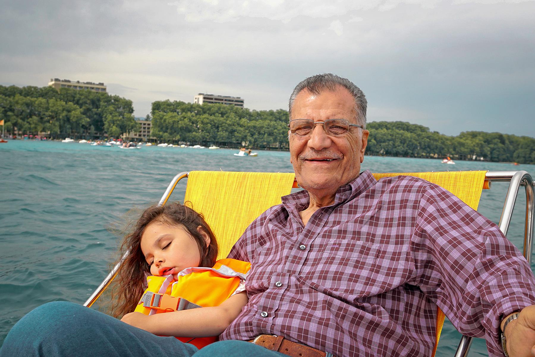 Lac d' Annecy, Papi et sa petite fille