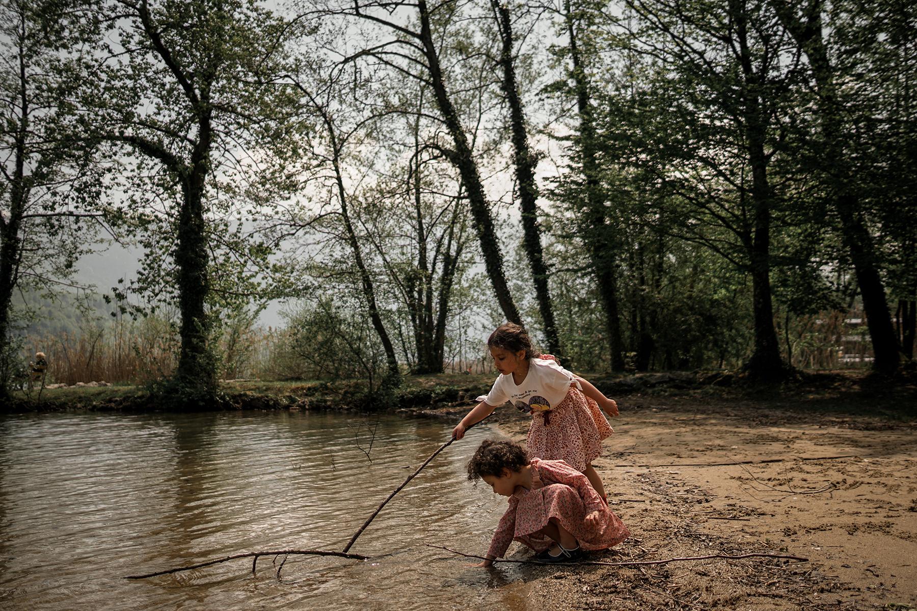Liv et Romy, Aiguebelette le lac