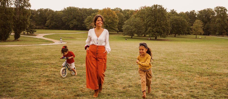 Mère et filles au parc de Lacroix Laval